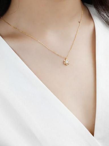 Sterling silver inlaid zirconium flower necklace