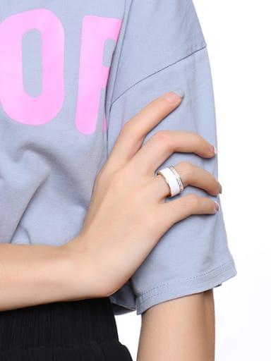 Temperament Gold Plated Glue Rhinestone Ring