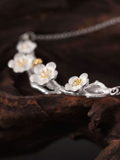 Plum Blossom Women Accessories Necklace