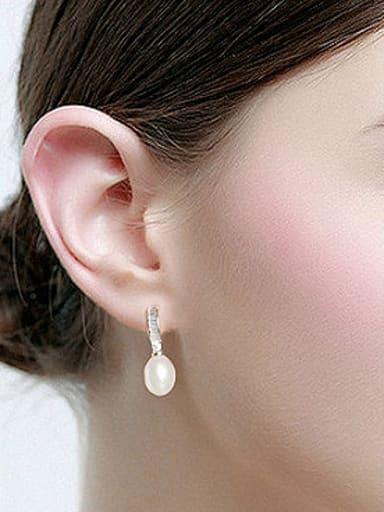 Oval Freshwater Pearl Rhinestones drop earring