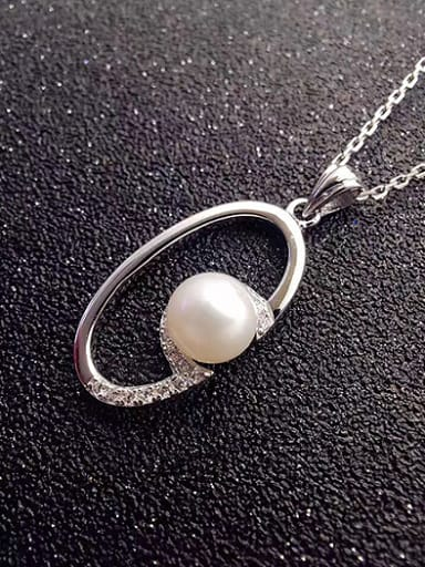 Simple Freshwater Pearl Hollow Oval Necklace
