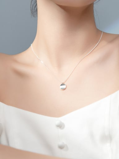 925 Sterling Silver With Platinum Plated Simplistic Round Necklaces