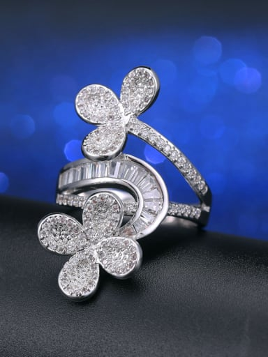 Fashion Exaggerate Flower Cocktail Ring