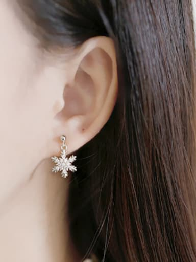 Fashion Cubic Zircon-studded Snowflake Silver Stud Earrings