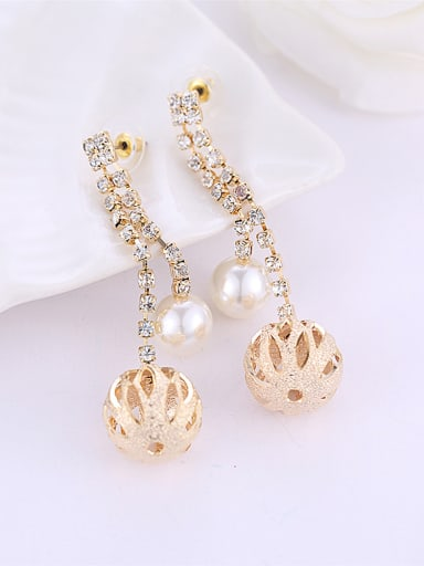Fashion Hollow Ball Artificial Pearl Rhinestones Copper Drop Earrings