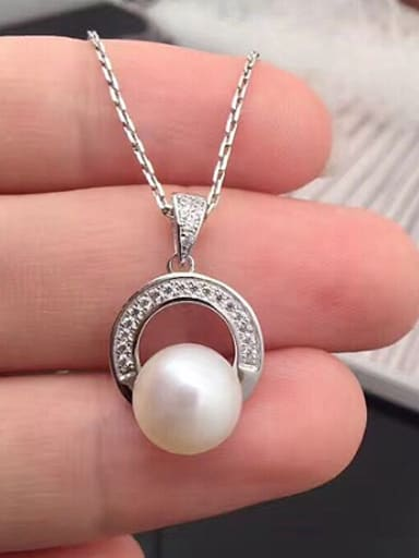 2018 Simple Freshwater Pearl Round Necklace