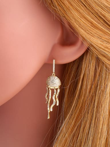 Copper With Cubic Zirconia Fashion Irregular Stud Earrings