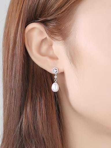 925 Sterling Silver With Silver Plated Fashion Flower Drop Earrings