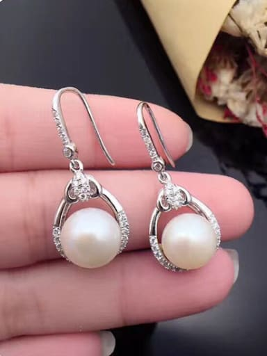2018 Fashion Freshwater Pearl Water Drop shaped hook earring