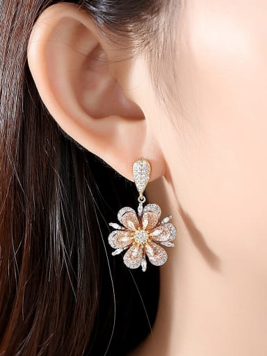 Copper With Platinum Plated Fashion Flower Cluster Earrings