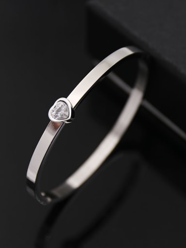 Titanium steel shiny heart type smooth  bracelet