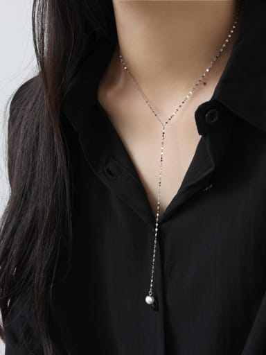 Sterling silver minimalist imitation pearl necklace