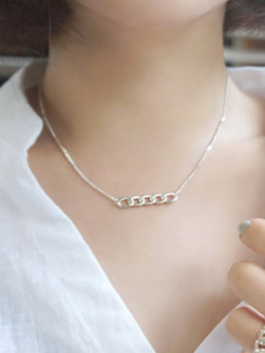 Simple Short Chain Pendant Silver Necklace