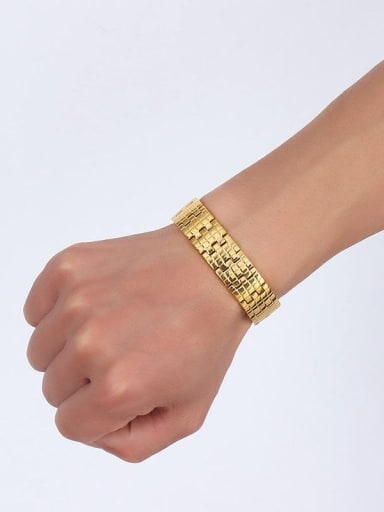 Luxury Gold Plated Geometric Shaped Magnets Bracelet