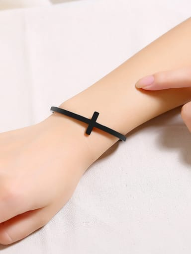 Stainless Steel With Gun Plated Simplistic Cross Bracelets