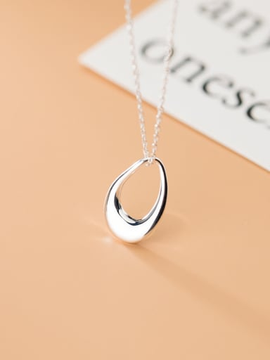 925 Sterling Silver With Platinum Plated Simplistic Hollow Oval Necklaces