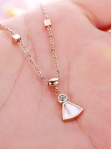Shell Fan-shape Pendant Necklace