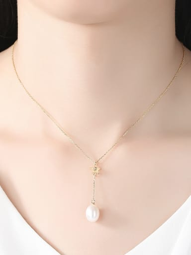 Sterling silver freshwater pearl  star necklace