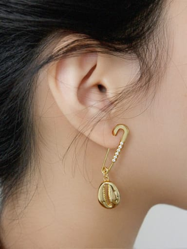 925 Sterling Silver With Smooth Personality Pin Irregular Single Earrings