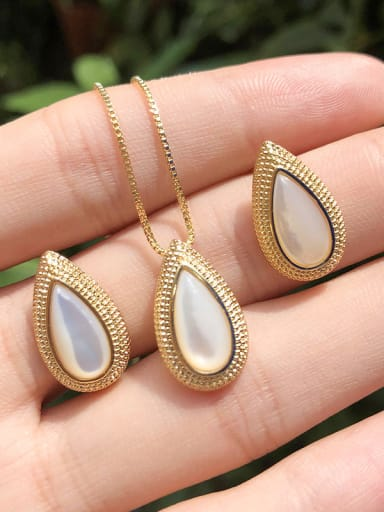 Copper With Shell Delicate Water Drop 2 Piece Jewelry Set