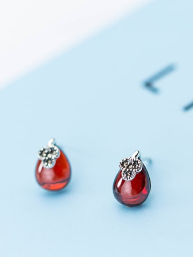 Vintage Water Drop Shaped Red Stone Stud Earrings