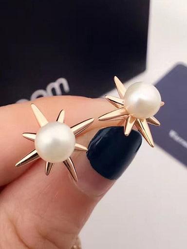 Fashion Star Freshwater Pearl stud Earring