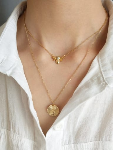 Sterling Silver plated 18k honeybee round Necklace