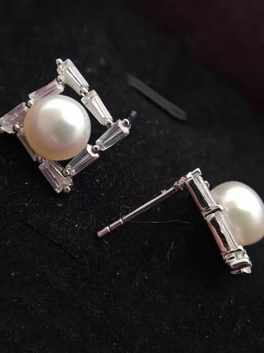 Freshwater Pearl Square stud Earring