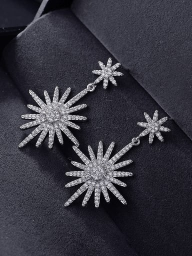 New stylish new type of zircon size snowflake ear nail Earring
