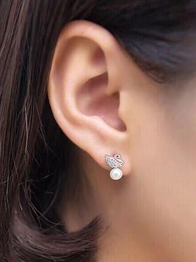 Fashion Swan Freshwater Pearl stud Earring