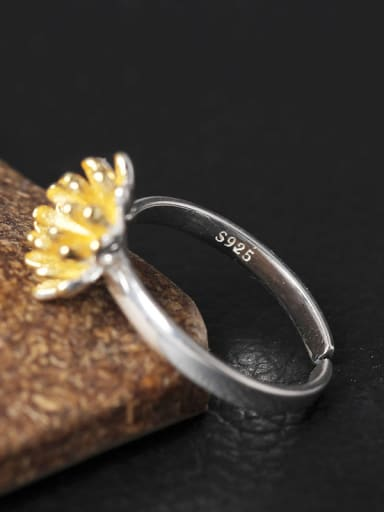 Personality Daisy Opening Silver Ring