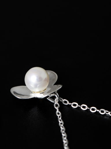 Simple Artificial Pearl 925 Silver Flower Necklace
