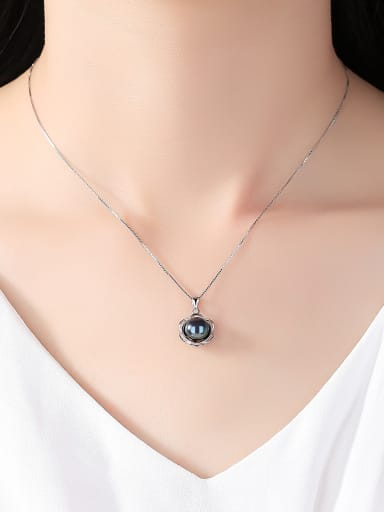 Sterling Silver Natural Freshwater Pearl Flower Necklace