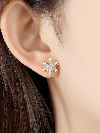 Copper With Gold Plated Simplistic Flower Stud Earrings