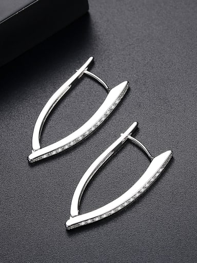 Copper inlaid AAA zircon fashion creative V-shape Earring