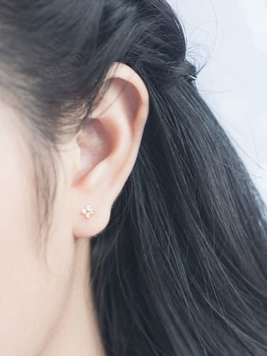 925 Sterling Silver With 18k Gold Plated Delicate Flower Stud Earrings