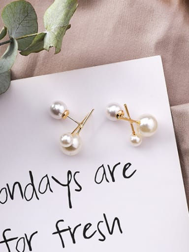 Alloy With Gold Plated Fashion Ball  Imitation Pearl Stud Earrings