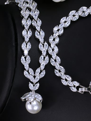 Leaves-shape Shell Pearls Shining Zircons Two Pieces Jewelry Set