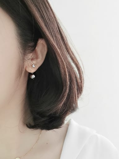 Pure silver makings of black and white pearl diamond earrings
