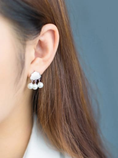 S925 silver fashion drawing cloud shell pearl drop earring