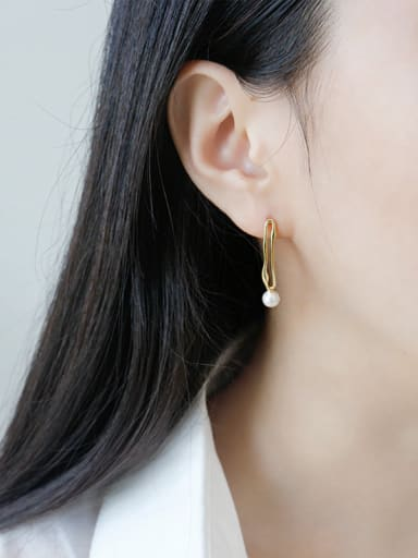 Sterling Silver minimalist style gold plated hollowed ear studs
