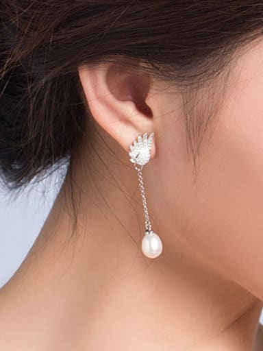 Freshwater Pearl Wing Drop threader earring