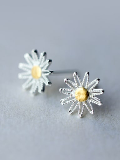 S925  silver sweet small daisy stud Earring with gold plated