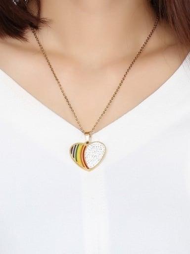 Creative Gold Plated Heart Shaped Rhinestone Pendant