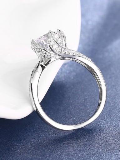 High-grade Flower Shaped Zircon 925 Silver Ring