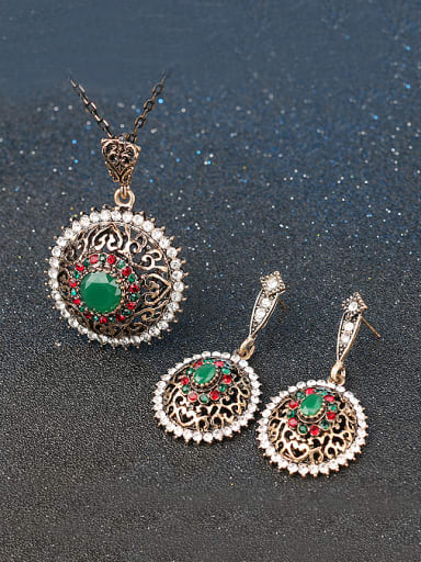 Ethnic style Green Resin stones White Rhinestones Alloy Two Pieces Jewelry Set