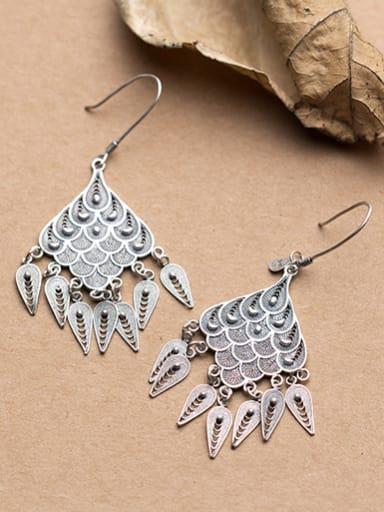 Exaggerated Geometric Shaped Tassels Drop Earrings