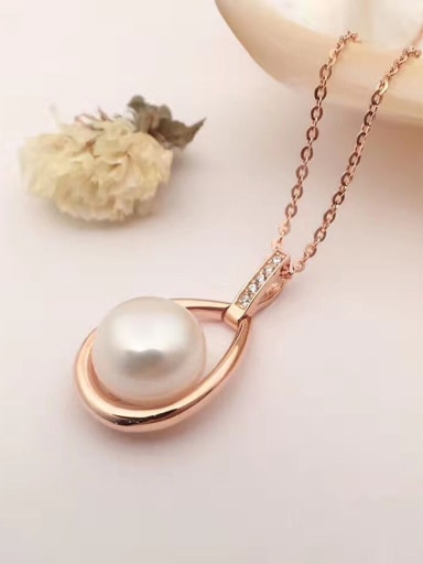 2018 2018 2018 Fashion Freshwater Pearl Water Drop shaped Necklace