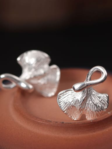 Ginkgo Leaves -shape stud Earring