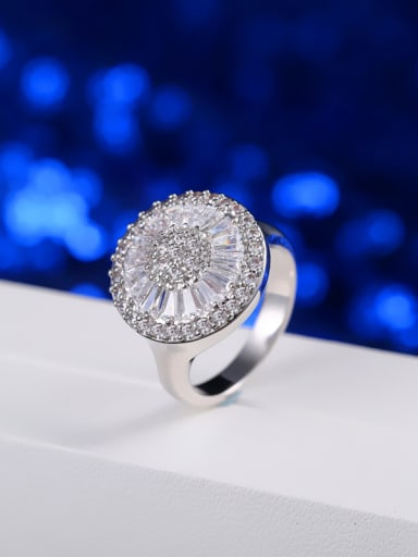 Fashion Simple Style Wedding Engagement Ring